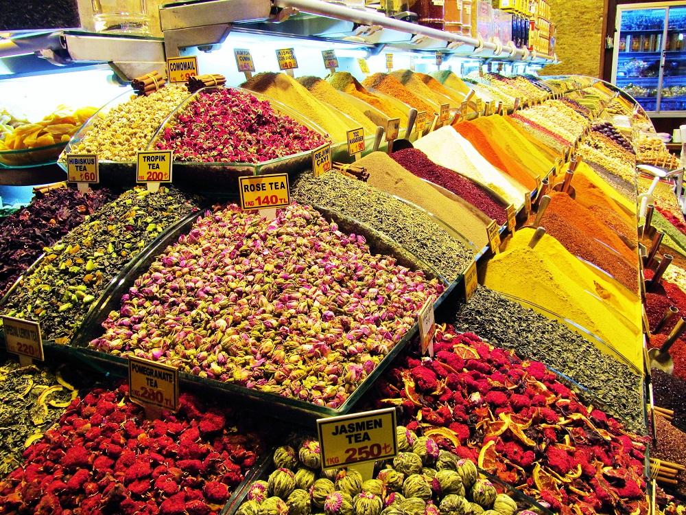 Turkey - Istanbul - Grand Bizzaar - Spices