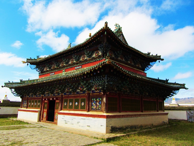 mongolia-potd-10-karakorum-monastery-main-temples-left-one