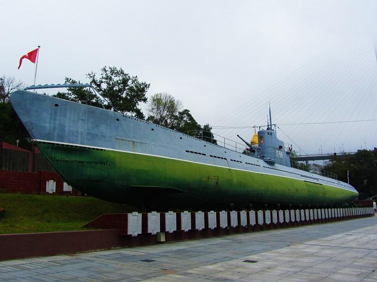 russia-12-vladivostok-c56-sub-exterior