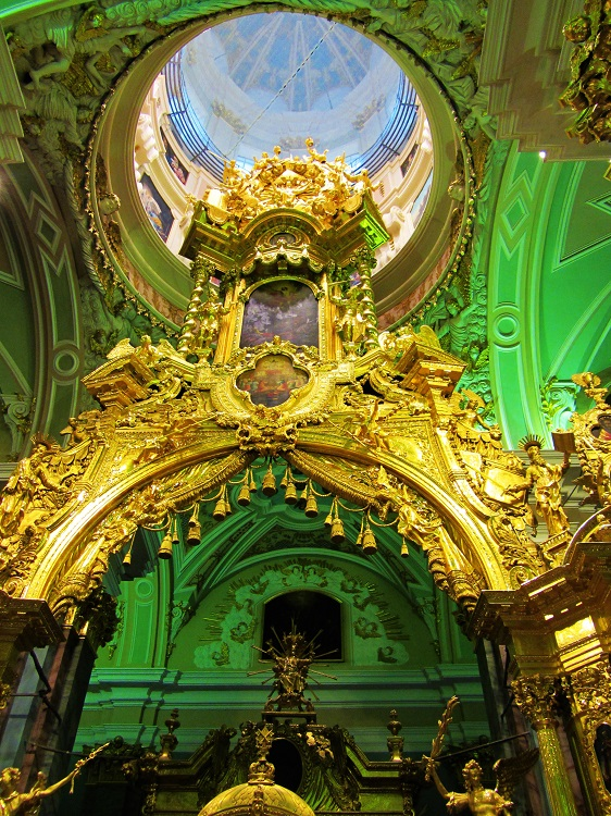 russia-st-petersburg-potd-peter-paul-fortress-cathedral-alter