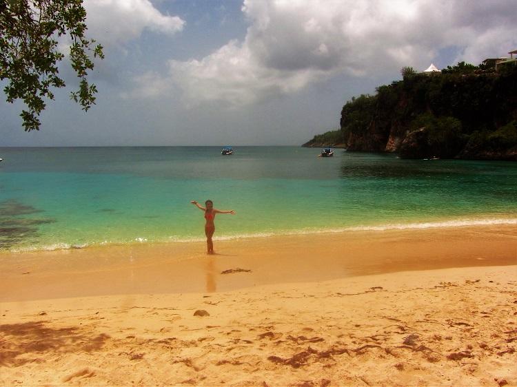 Anguilla - Little Bay - Beach