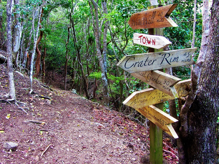Statia - Trail Sign