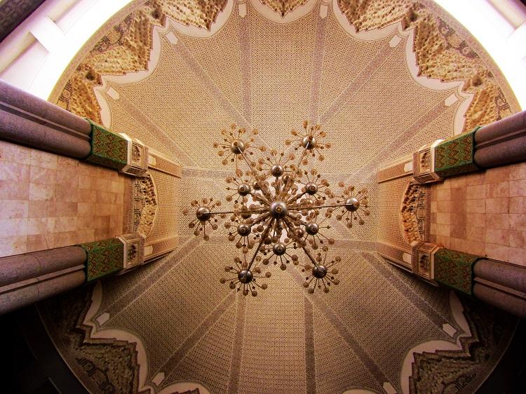 Casablanca - Mosque Chandiler