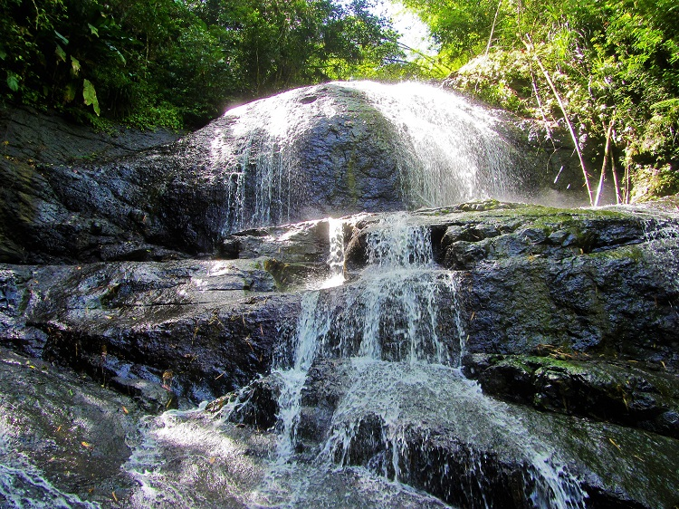 Anse La Raye waterfall