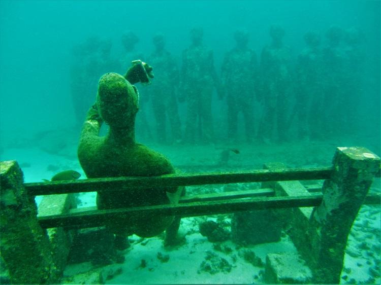 POTD - Cruising - Grenada - Underwater Sculpture - Lady On Bench