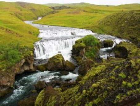 Iceland - 3 Skogafoss - Hike Above