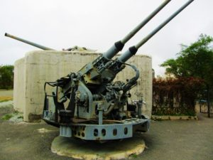 russia-vladivostok-fortress-anti-aircraft-gun