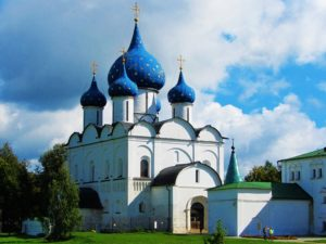 russia-suzdal-kremlin-cathedral-of-the-nativity-exterior