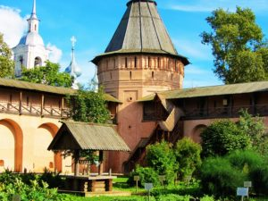 russia-suzdal-st-euthymius-monastery-inner-wall