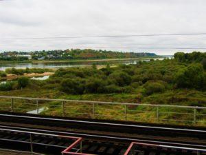 russia-train-4-scene-river