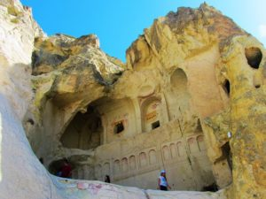 turkey-cappadocia-goreme-museum-church-dark
