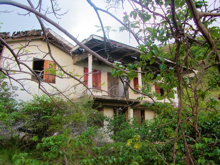 Montserrat - Hiking - House