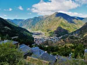 Andorra travel guide - valley