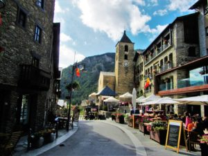 Andorra travel guide - ski town