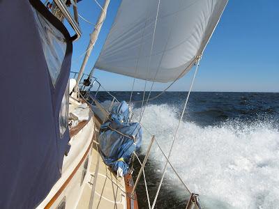 Sailing Into Marblehead
