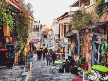 Plaka neighbourhood