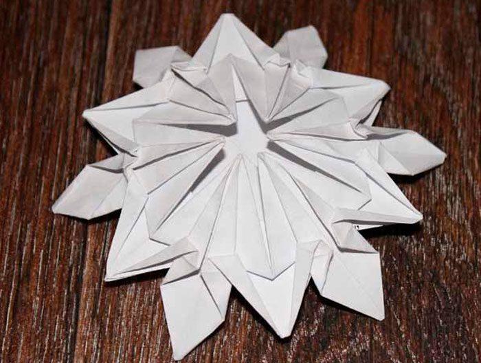 Snöflingor i origami