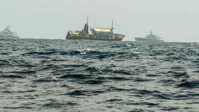 This ship is wrecked on the reef just out side of Cayos Chichime