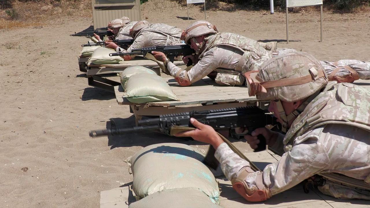 Плечом к плечу: кадры учений военных РФ вместе с сирийской армией на полигоне Шкайфат