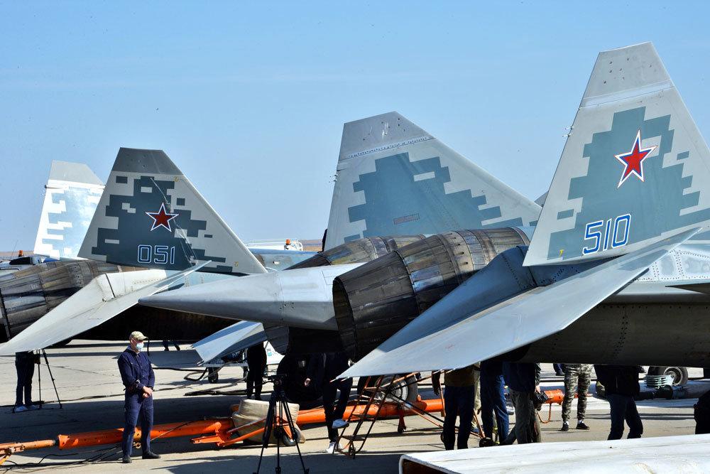 Как и в какие цвета красят российские боевые самолеты