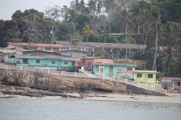 Isla Pedro Gozales dorpje