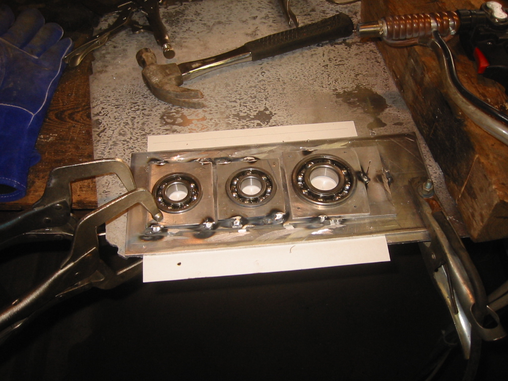 (12) Trail fitting the bearings into the jig