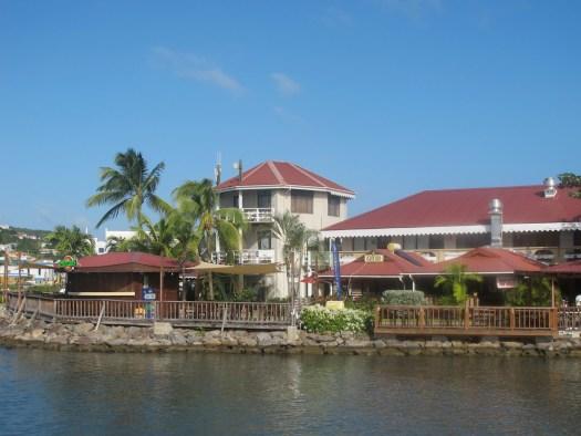 Rodney Bay Marina restaurants and bars
