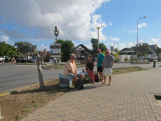 Waiting for the bus into Willemstad