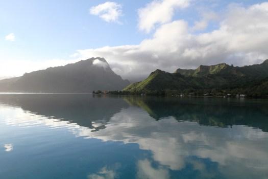 Dawn off Opunohu Bay