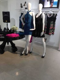 marciano store display (3)