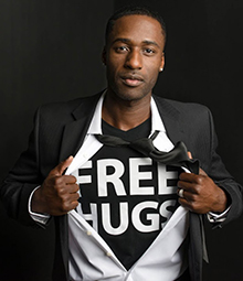 Ken-Nwadike-Jr-Free-Hugs-Project