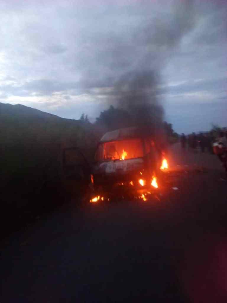 IMG 20190422 WA0004 Waasi wa Burundi wame huunguza kwa moto basi hapo Uvira DRC