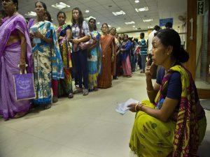 Image Courtesy: http://blogs.timesofindia.indiatimes.com/Swaminomics/now-modi-can-turn-kala-dhan-to-jan-dhan/
