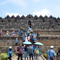 Borobudur Buddhist Temple: spectacular & outstanding!