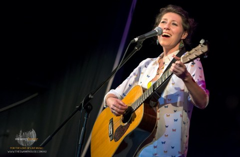 Martha-Wainwright12