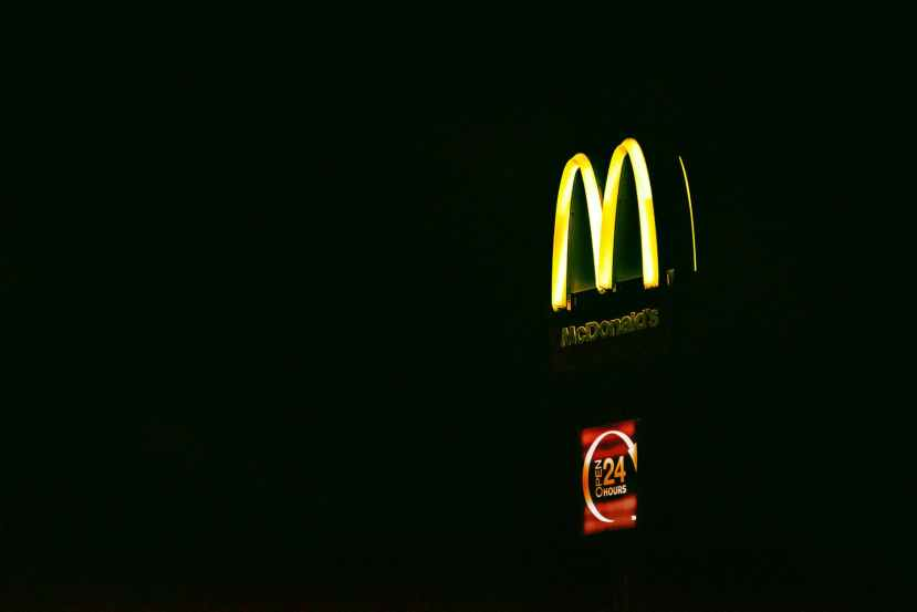 lighted mcdonald s signage