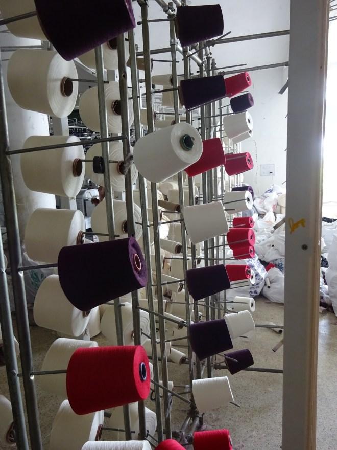 2-dyed-yarn