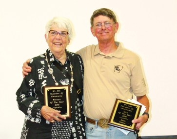 Dr. Mary Anne Shaw (left) and Kenn Greene (right) were chosen to be the 2016 Mount Ida Area Chamber of Commerce Woman of the Year and Man of the Year respectively.