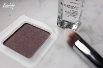 Inglot Duraline, eyeshadow double sparkle 420, Sigma precision tapered P86