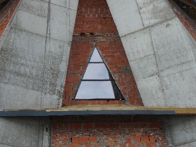 Pierwsze okno wkościele