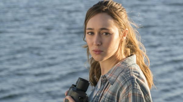 FTWD 2x1 Alicia Loves Her Devices