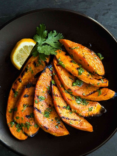 grilled-sweet-potatoes-vertical-a-1600