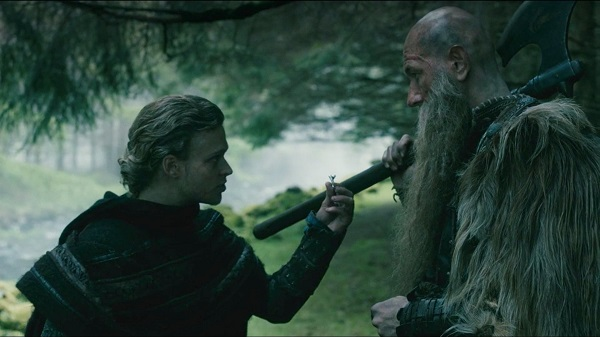 Who fashioned the ring that Erlendur gives to the berserker?