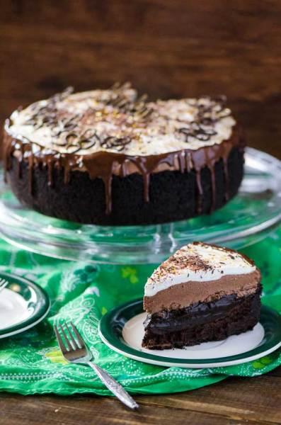 Coffee dessert - Irish Cream Coffee Mud Pie by The Crumby Cupcake