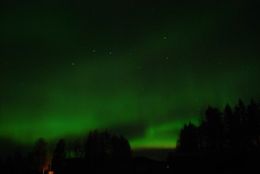 Aurora Borealis Skivsjo, Sweden by swedenfishingandbirding.net