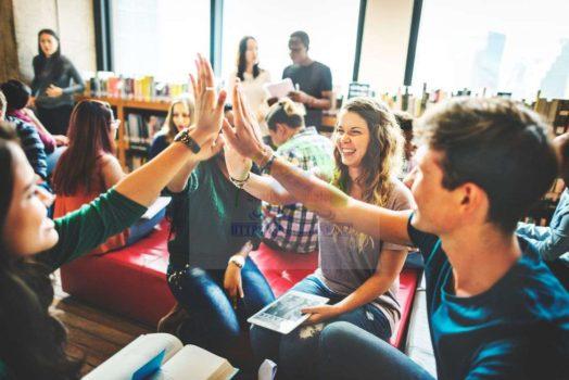 تعليم اللغة السويدية –  كيف تتدرب وتحفظ كلمات التعليم والمدرسة في اللغة السويدية