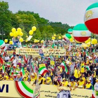 مظاهرات الايرانيين في السويد