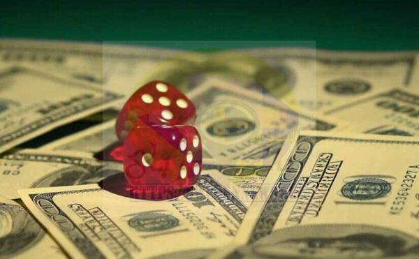الربح من المشاركة في الألعاب أو الأنشطة التي تستخدم المال