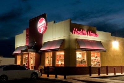 SURVEY OF HUDDLE HOUSE GUEST SATISFACTION