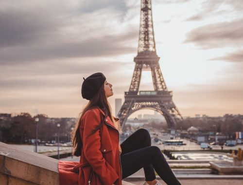 young lady traveling to Paris